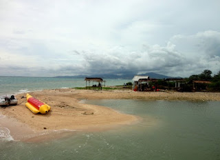 http://www.teluklove.com/2017/03/destinasti-objek-wisata-pulau-lima-di.html