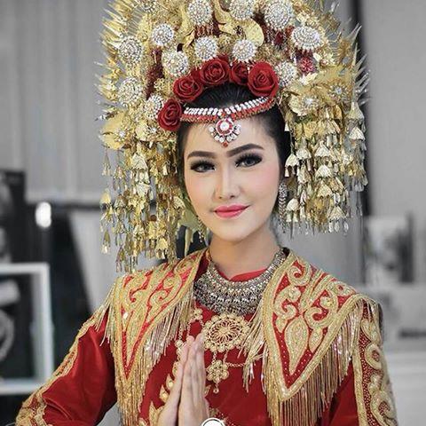 Mahkota Pengantin Wanita Minang