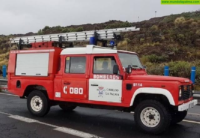 Cuatro heridos de diversa consideración tras el vuelco de un vehículo en la carretera del Roque de Los Muchachos