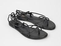 Sandale cu barete dese negre din piele naturala