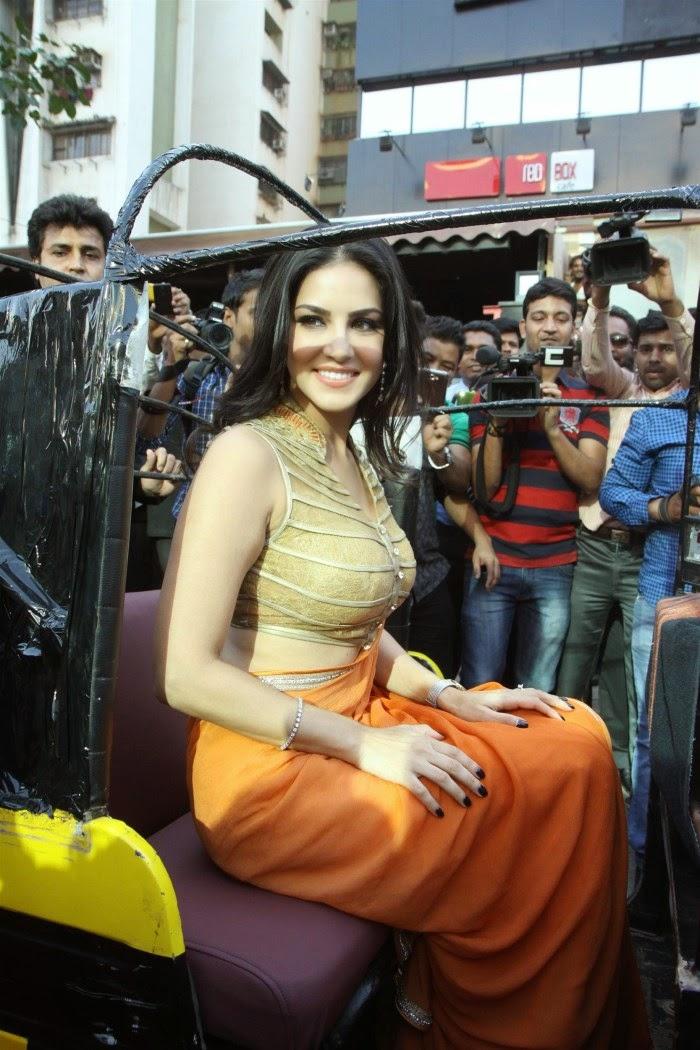 Latest pics of Sunny Leone in Saree 2014