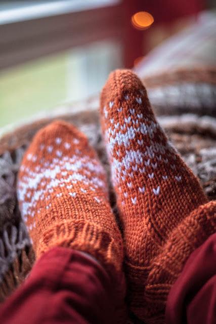 villasukat neulominen