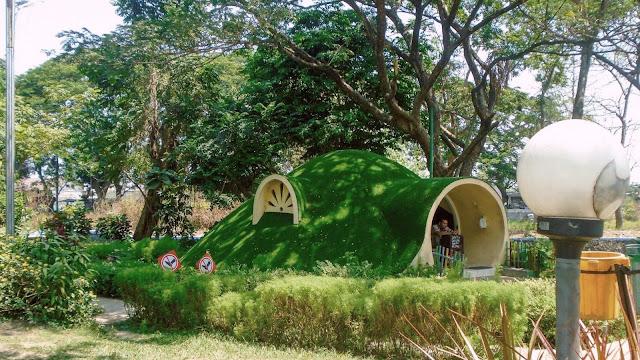 Objek Wisata Kebon Ratu Jombang