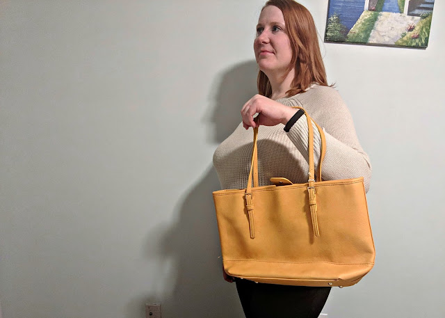 URBAN EXPRESSIONS | Robi Classic Work Tote | $48