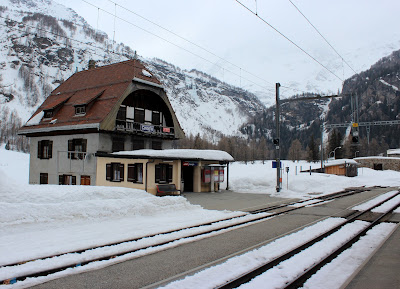 Estación de Cavaglia. Bernina Express