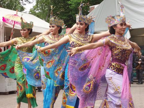 third image of Tarian Tradisional Indonesia Dari Sabang Sampai Merauke with IPA Edukasi: Tarian Adat dan Kreasi di Indonesia dari ...