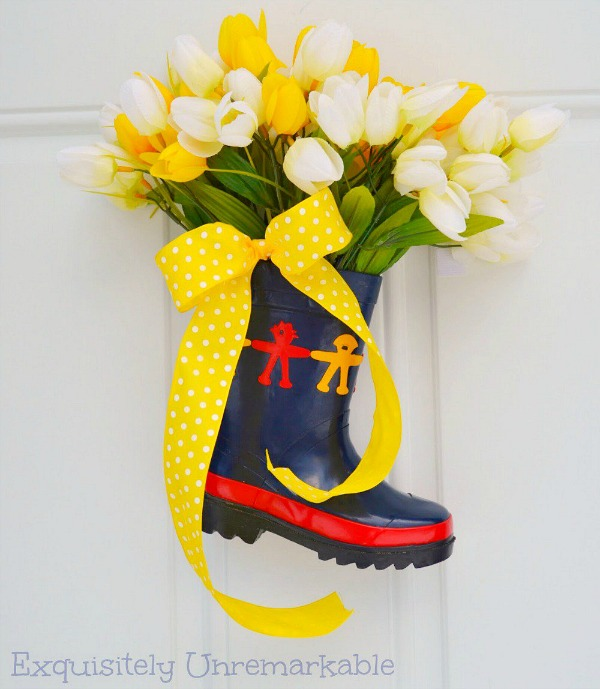 how to make a front door wreath with rain boots