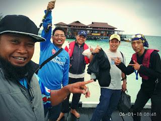 Edi bareng Tim JRC Borneo