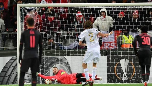 AGEN BOLA - Perlunya Penyelamatan Penalti Ospina Untuk Arsenal