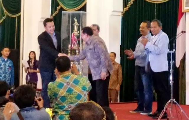 Imam Nahrawi Tutup Pekan Olahraga wartawan Nasional (Porwanas) XII/2016 Jawa Barat