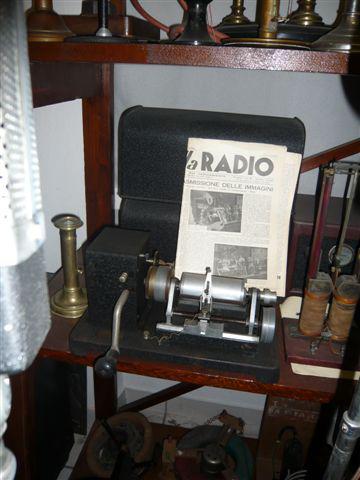 Coppia di Belinografi, completi dei suoi demodulatori originali a tre valvole