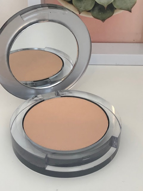 PÜR 4 in 1 Pressed Mineral Make Up Compact
