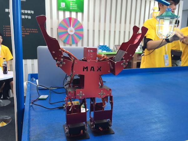 HandTie Robot