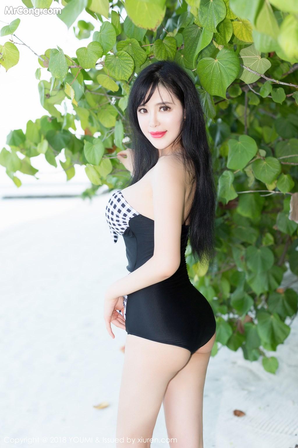 YouMi Vol.189: Model Liu Yu Er (刘 钰 儿) (43 pictures)