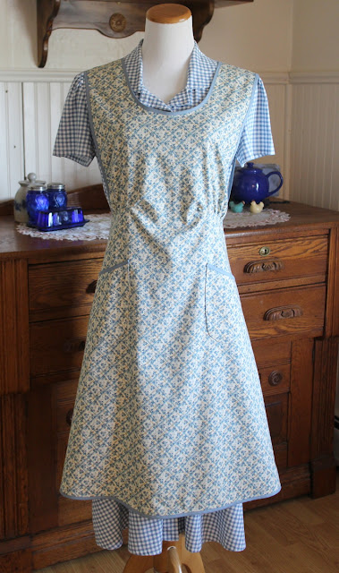 https://www.etsy.com/listing/690408136/blue-calico-1940s-calico-apron-ready-to?ref=related-7