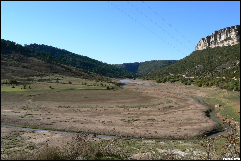 Embalse De La Tosca en época muy seca
