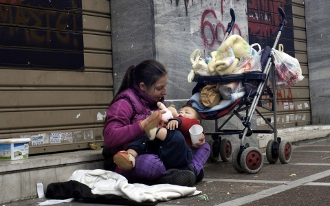 Unknown Facts about America Children Poverty