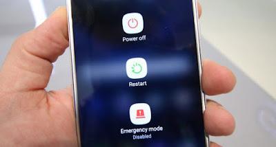 Reboot atau Restart sebelum menginstall atau update aplikasi