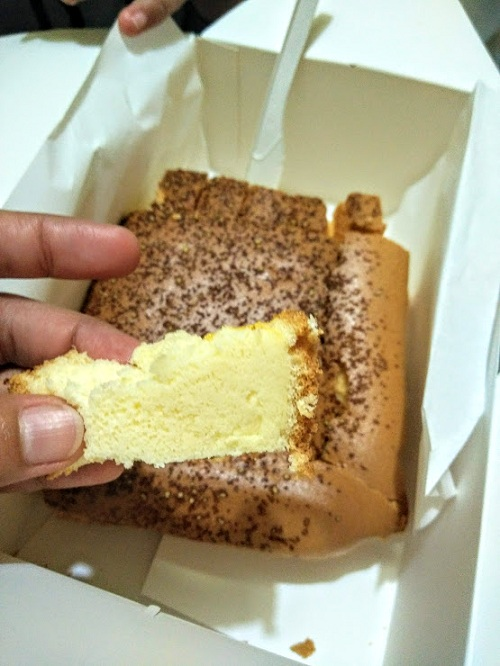 JJCM : Wing Stop & Original Cake