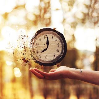 O tempo voa, amor !!!!!  - http://weheartit.com/entry/66666724