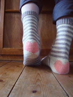 chaussettes-coeur-tricot