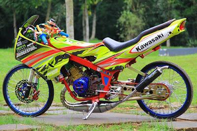 Modifikasi Kawasaki Ninja RR Thailook Style