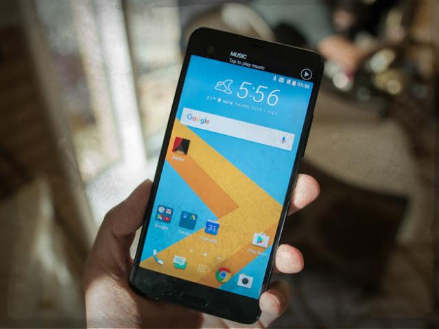 HTC U Ultra Mobile Phone Photo - 3