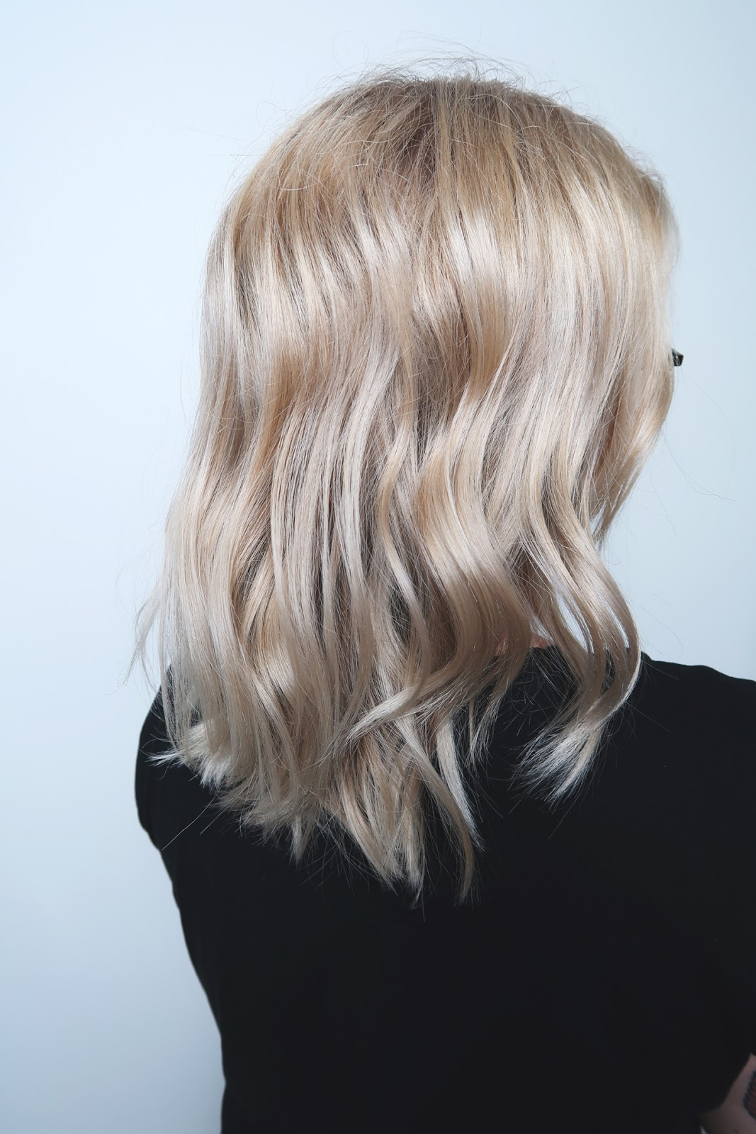 natural blonde hair hairstylist johannes yrjö kampaamo pesula