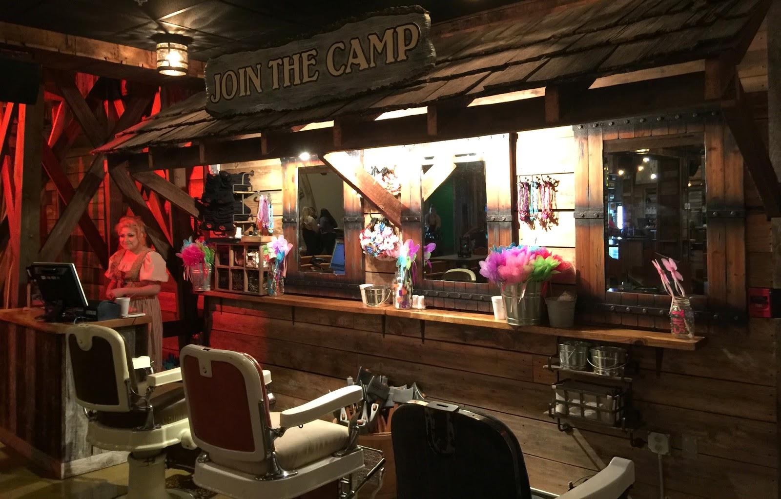 Dolly S Lumberjack Adventure Show Review Gatlinburg Tn