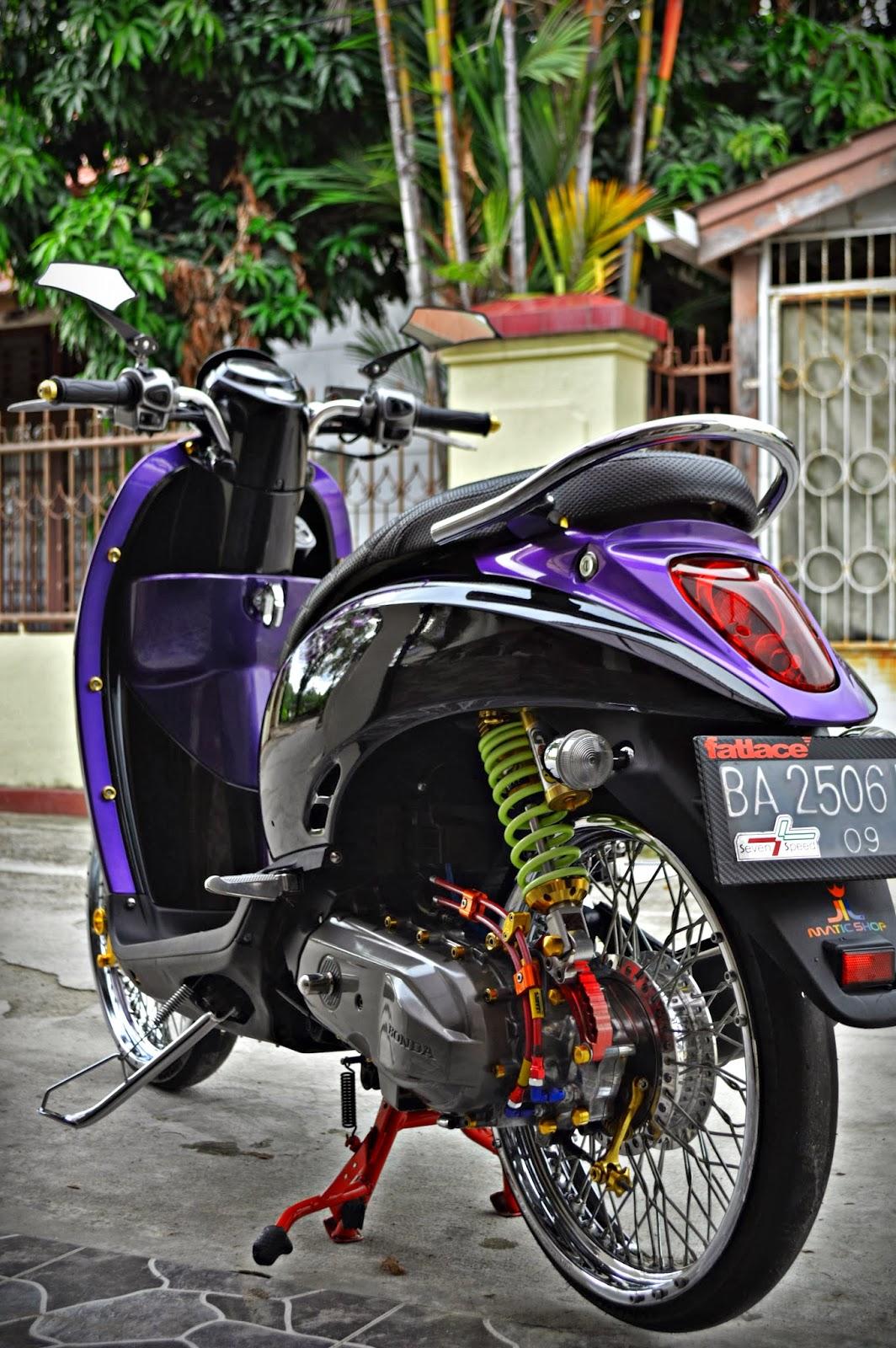 Gambar Modifikasi Motor Scoopy Modifikasi Yamah NMAX