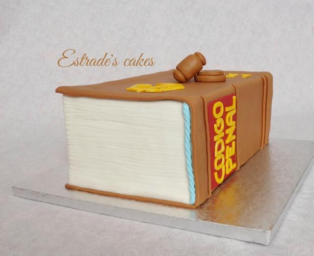 tarta de libro del código civil 4