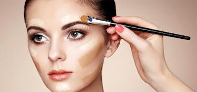 Cara Memakai Make Up Minimalis