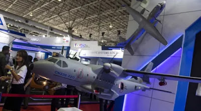 https://3.bp.blogspot.com/-Hf-nvRhpivE/XJpH8q0MQmI/AAAAAAAAL20/JdPzBEbfRUo4XrOP2p9C5loF-kJQBAqNQCLcBGAs/s1600/pt-di-menawarkan-pesawat-cn235-gunship-dalam-langkawi-international-maritime-and-aerospace-exhibition-lima-2019-di-malaysia.-antara.jpg