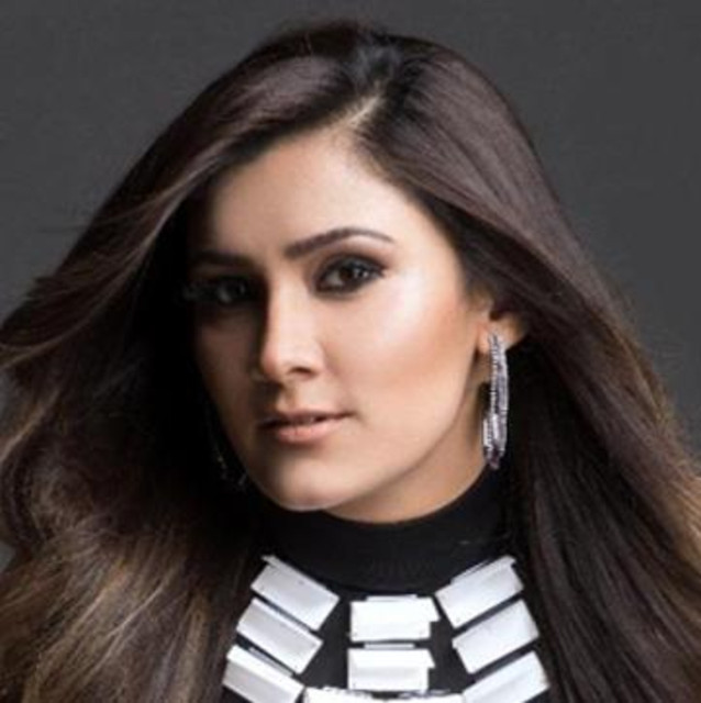Aastha Gill Profile, Affairs, Contacts, Boyfriend, Gallery