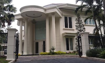 Sewa Rumah Jalan Sekolah Duta Raya, Pondok Indah. Luas 763 m2