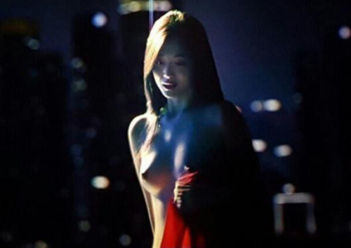 """Lộ ảnh Nude Không Che của Sulli khỏa thân cùng Kim Soo Hyun trong """"Real"""""""
