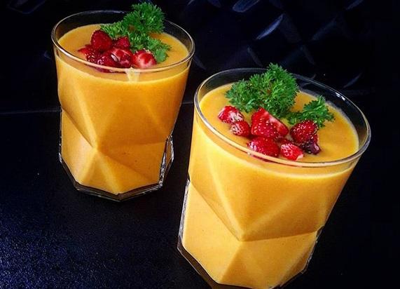 https://zielonekoktajle.blogspot.com/2019/01/marchew-batat-pietruszka-mleko-kokosowe.html