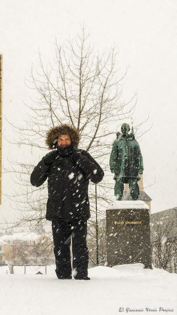 Estatua de Amundsen, Tromsø - Noruega, por El Guisante Verde Project