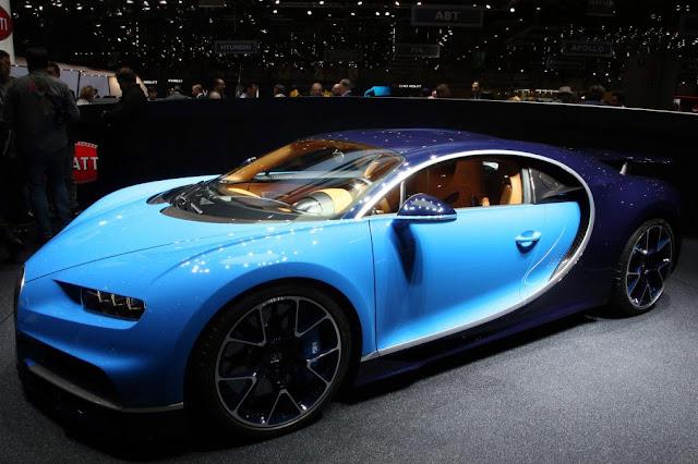 Bugatti Chiron Front Three-Quarters