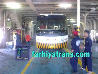 kirim bus dengan kapal laut