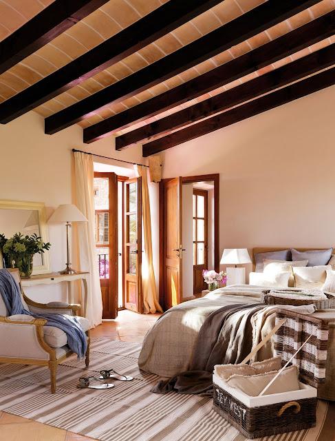dormitor spatios la mansarda