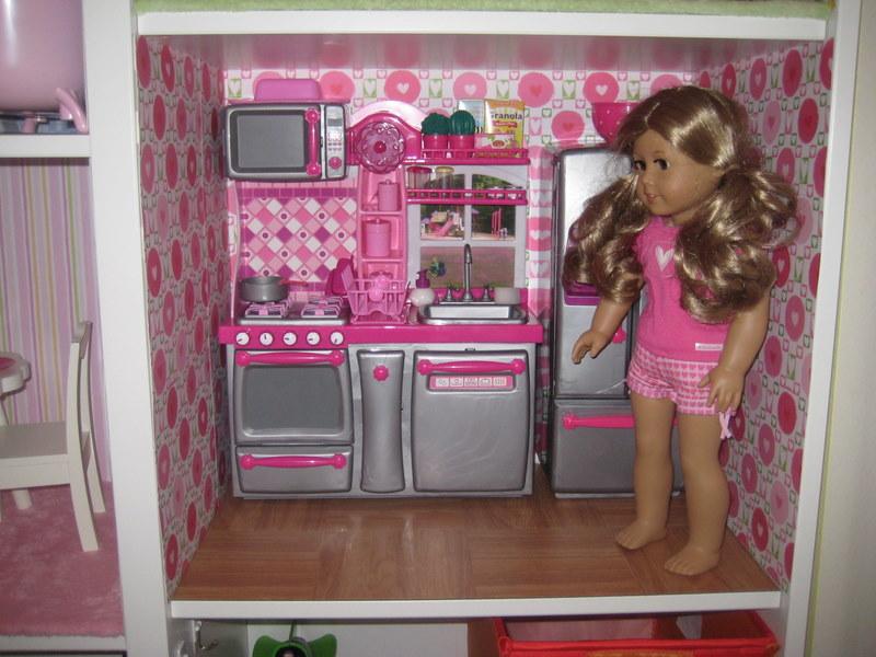 Mom Brag: American Girl Sized Doll House/Toy Car Garage