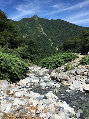 一ノ倉沢の反対側の景色