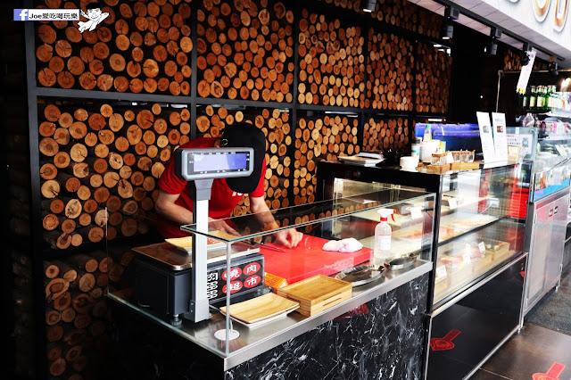 IMG 8709 - 【熱血採訪】肉多多 - 超市燒肉,三五好友一起來採購,想吃甚麼自己拿,現拿現烤真歡樂! 產地直送活體海鮮現撈現烤、日本宮崎5A和牛現點現切!