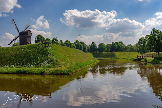 Vesting Bourtange (Pays-Bas) — Rempart en terre et sa berme