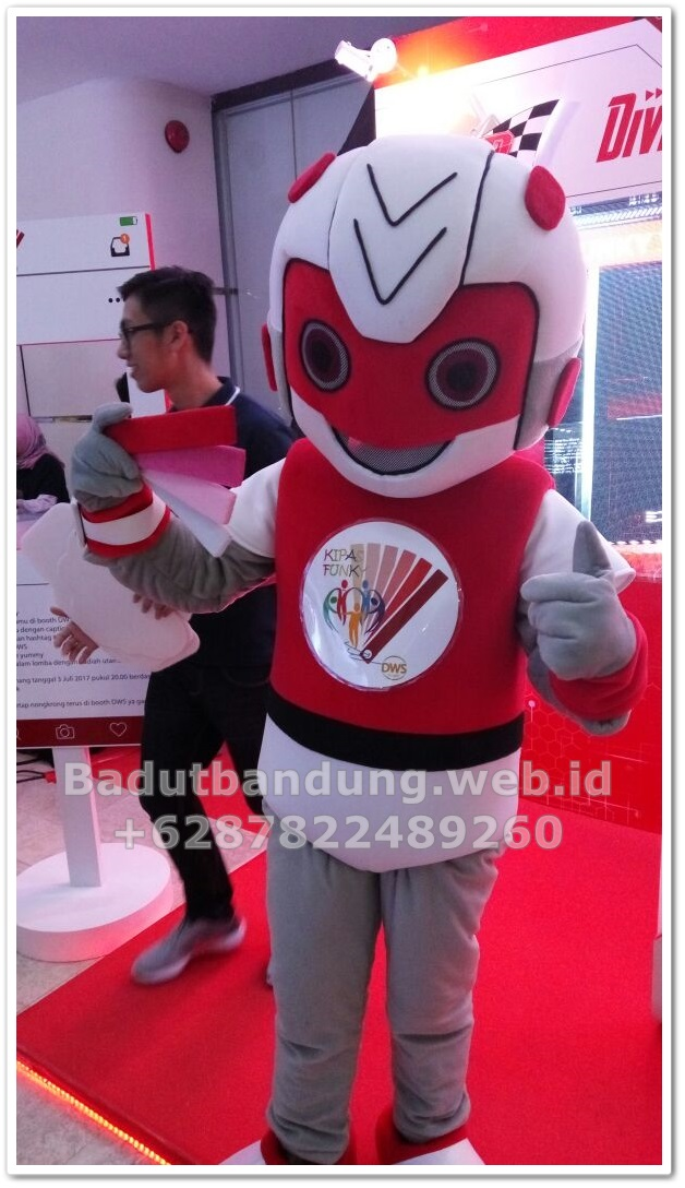 contoh-kostum-badut-maskot-robot