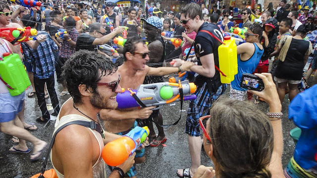songkran festival,songkran bangkok,songkran chiang mai,songkran thailand,water fight bangkok,water fight thailand,songkran festival bangkok,thailand songkran,songkran water fight,bangkok songkran,thailand water fight,world's biggest water fight