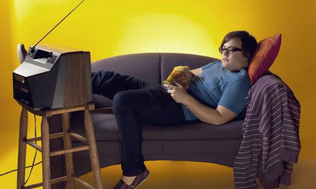 Έρευνα: Τι παθαίνουν τα παιδιά που κάθονται συνέχεια στην TV και τον υπολογιστή...