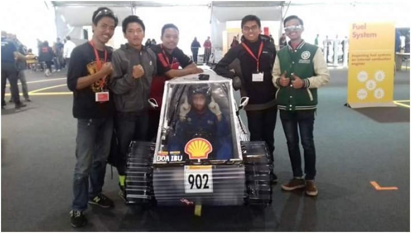 Tim Mobil Sapu Angin ITS di EcoShell Marathon Challenge DWC, London