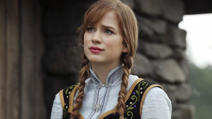 You - Elizabeth Lail to Star in Lifetime Thriller